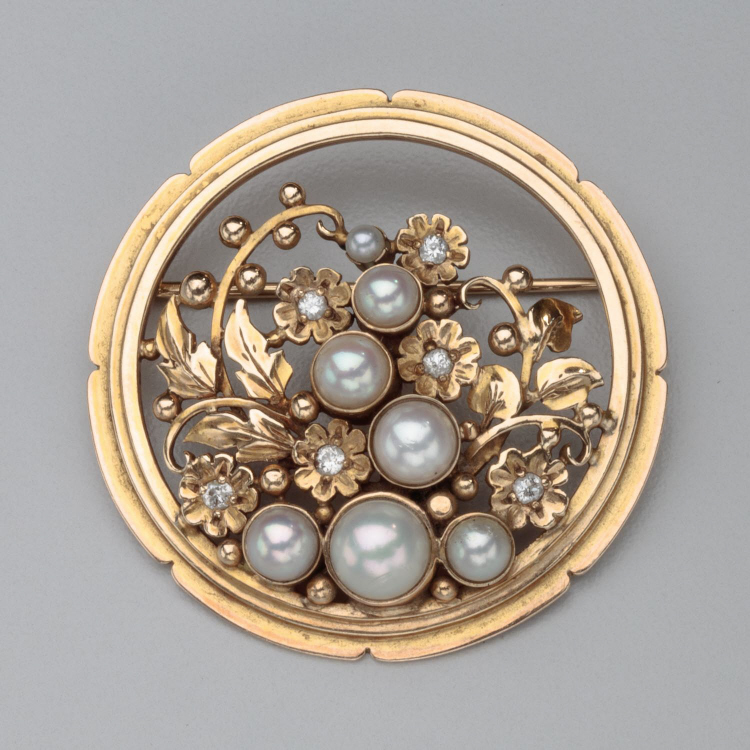 American Arts & Crafts Period Brooch by The Oakes Studio