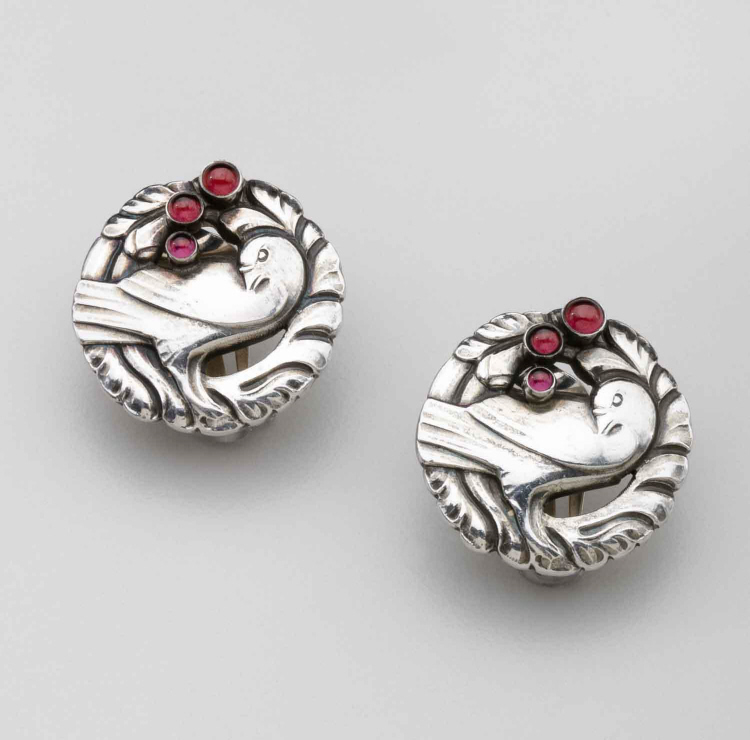 Georg Jensen Dove Earrings No.66 with Garnets